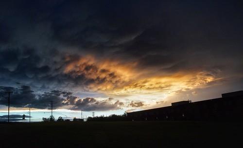 sunset mammatus poststorm