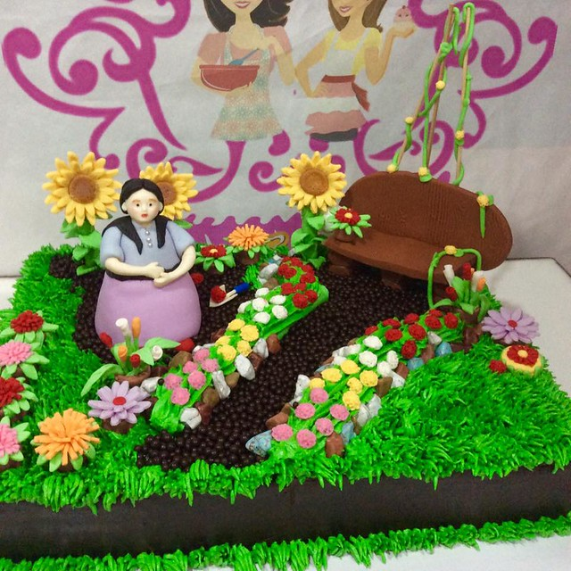 Mom's Garden Cake by Mary Laine