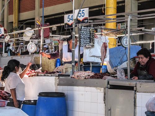 Arequipa: le marché San Camilo et ses langues de boeuf
