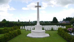 Ors Cemetery. Wilfred Owen's last resting place. - Photo of Fesmy-le-Sart