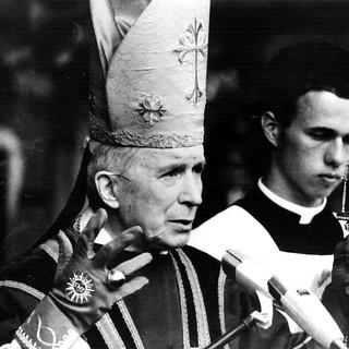 Lefebvre-Ordination-1977-b