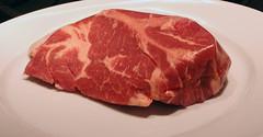 ham(0.0), back bacon(0.0), beef tenderloin(0.0), prosciutto(0.0), dish(0.0), cuisine(0.0), roast beef(0.0), corned beef(1.0), steak(1.0), red meat(1.0), rib eye steak(1.0), sirloin steak(1.0), capicola(1.0), horse meat(1.0), kobe beef(1.0), food(1.0), kassler(1.0), boston butt(1.0), flesh(1.0),