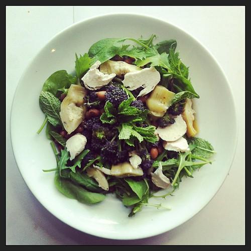 Artichokes, purple broccoli, chicken breast, mint, lettuce #healthnut #healthyfood #salad #desklunch #notsaddesklunch #saladporn #saladpride #healthconscious #foodporn by Salad Pride
