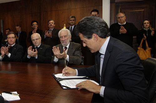 Governo abre crédito para pequenos e médios empresários do comércio