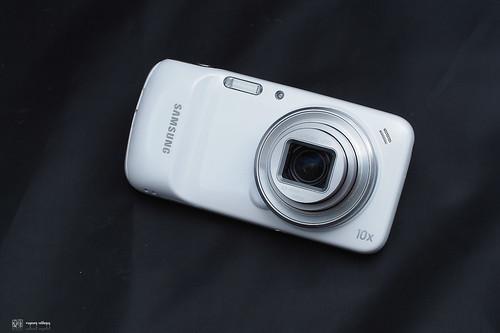 Samsung_S4Zoom_07