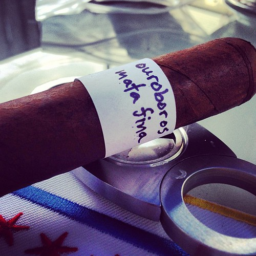 Long day...lets try this Ouroboros another @chiefhava creation exclusively for Blue Havana Chicago @schedel