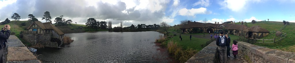 Panorama of Hobbiton mill and Green Dragon