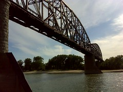 130728_c_2720_Riding_Boat_on_the_Missouri_River_ND