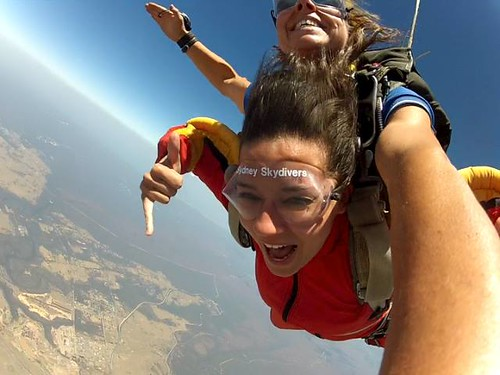 Lauren Skydiving Experience2