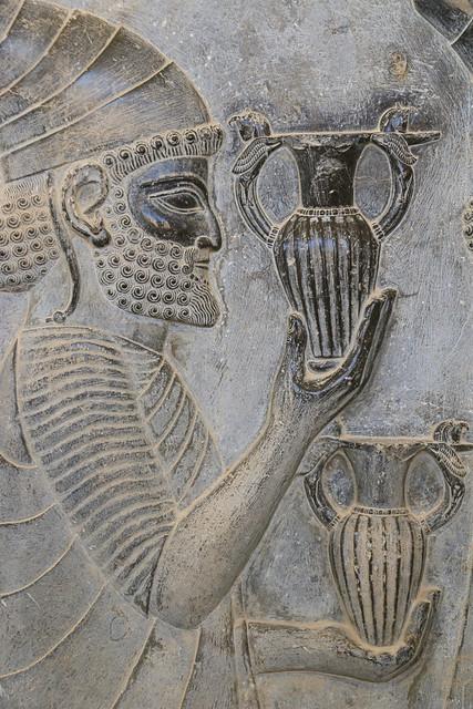 Relief of the eastern stairs of the Apadana, Persepolis, Iran ペルセポリス遺跡、アパダーナ東階段のレリーフ