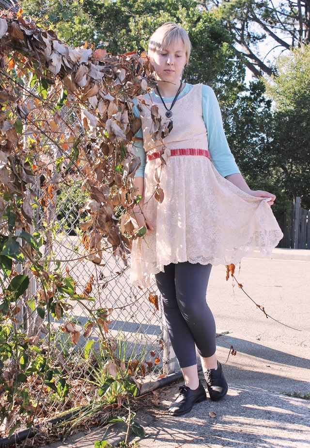 lace & locket outfit