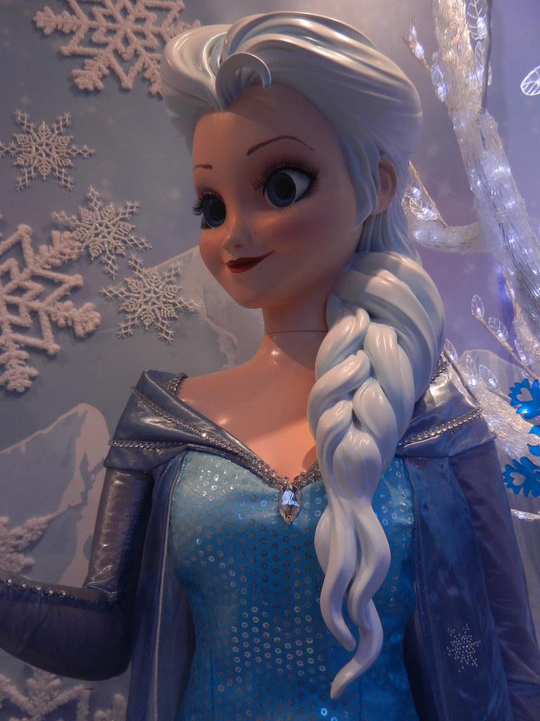 Un séjour pour la Noël à Disneyland et au Royaume d'Arendelle.... - Page 2 13643584324_a3988290c2_b