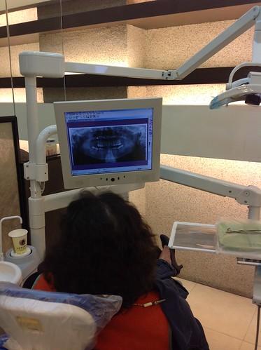 媽媽去黃經理牙醫診所看診11
