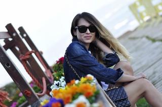 Beatriz preparando un artículo para su blog Marina D'or, ciudad de vacaciones para niños y adultos - 14003699159 c160bc1708 n - Marina D'or, ciudad de vacaciones para niños y adultos