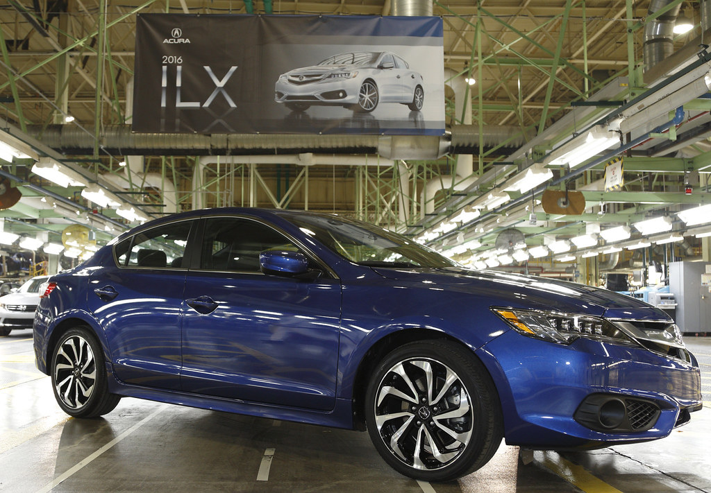 2016 Acura ILX begins production