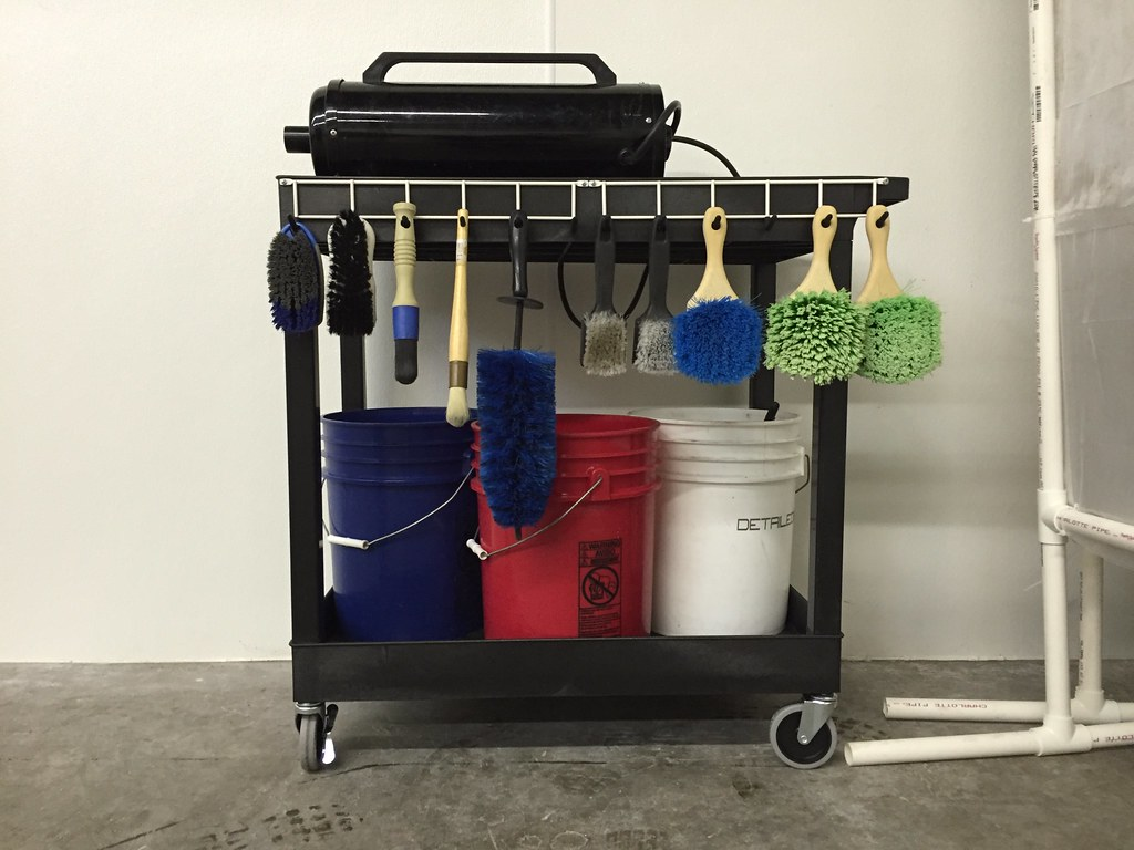 ATD | Efficiency - Detailing cart with products