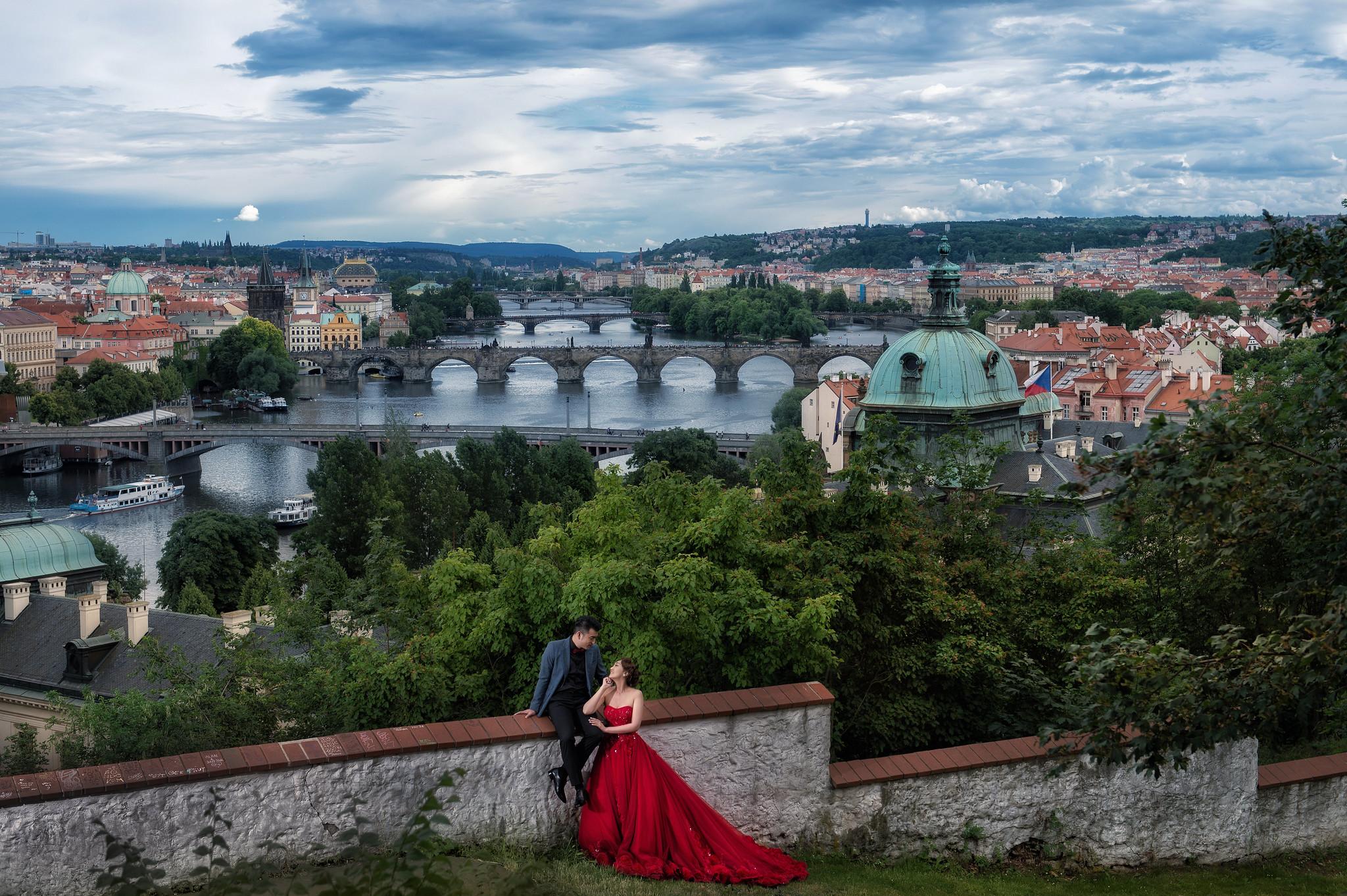 婚攝東法, 海外婚紗, 旅行婚紗, Donfer, Donfer Photography, 藝術婚紗, 婚紗影像, 布拉格婚紗, Praha, 查理大橋