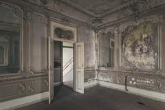 UE: Mirror Palace