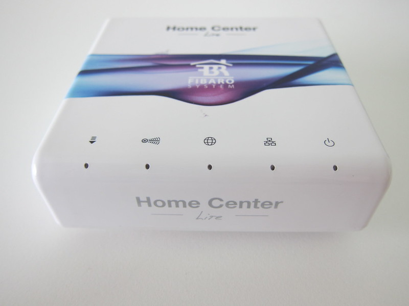 Fibaro Starter Kit - Home Center Lite Front