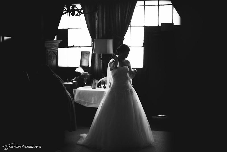 The ruins bride black white