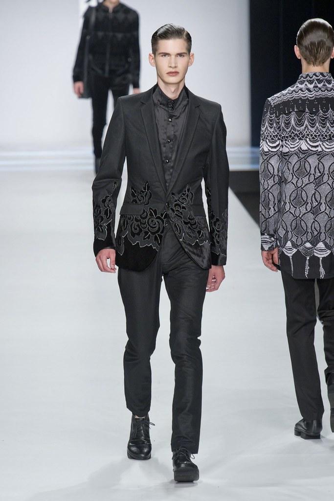 SS14 Milan Ji Wenbo054_Ben Stift(fashionising.com)