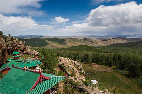 mongolia arkhangai tovkhunwaterfall
