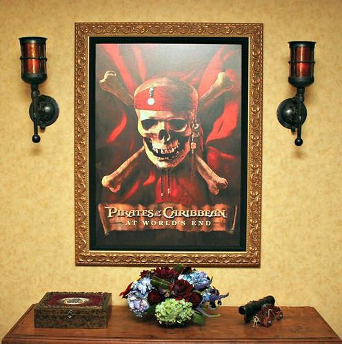 Pirates Suite hallway