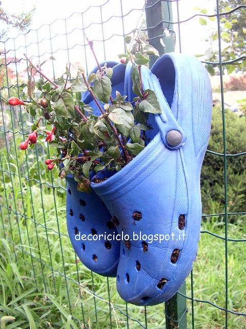 ciabatte-vaso per piante di fianco