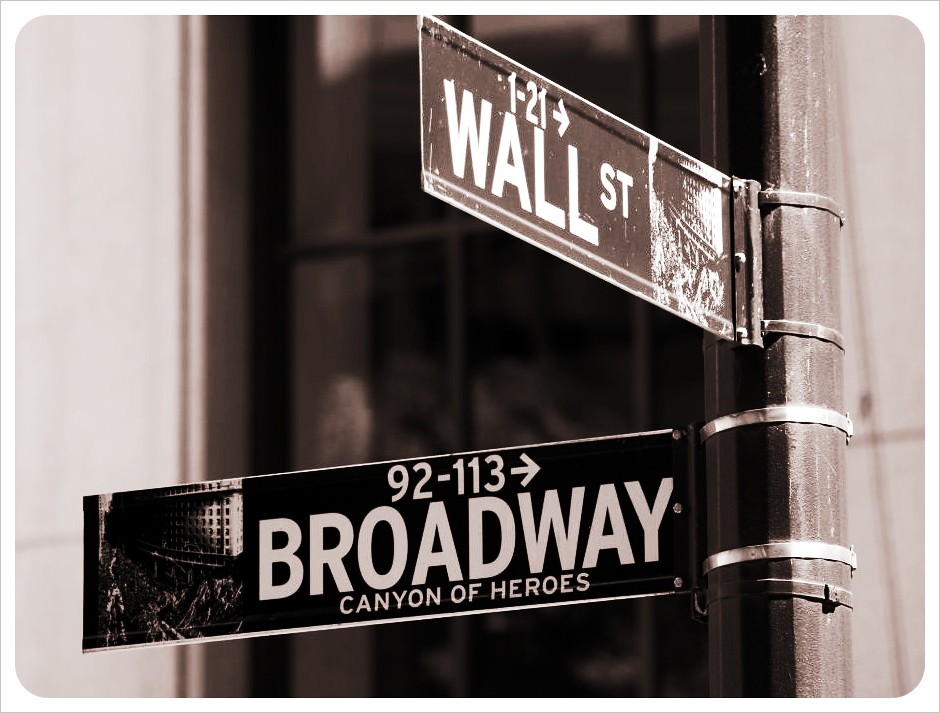 new york broadway & wall street
