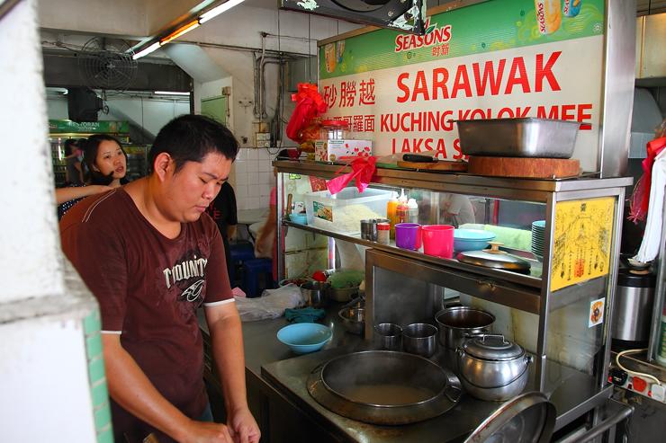 Sarawak-Noodle-Stall