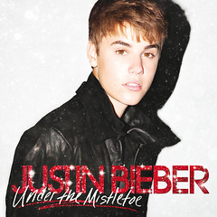 Justin Bieber & Mariah Carey – All I Want for Christmas Is You (Superfestive!)