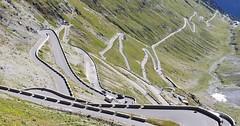 Švýcarské průsmyky - Up & Down