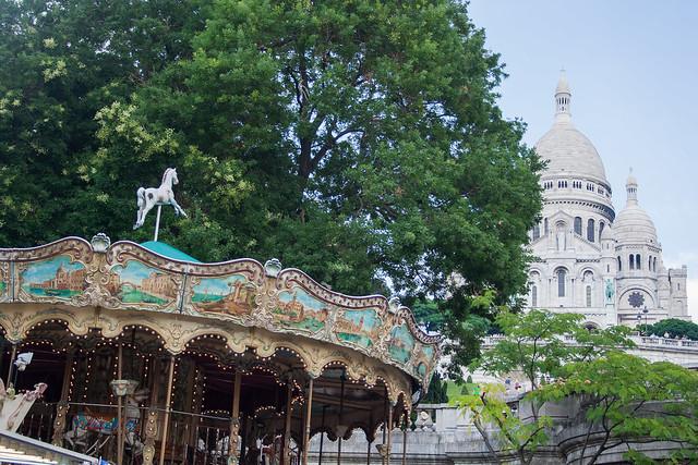 Caroussel at Basilique du Sacré-Coeur