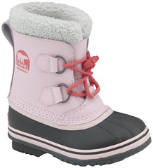sneakers(0.0), athletic shoe(0.0), outdoor shoe(1.0), snow boot(1.0), footwear(1.0), shoe(1.0), pink(1.0), boot(1.0),