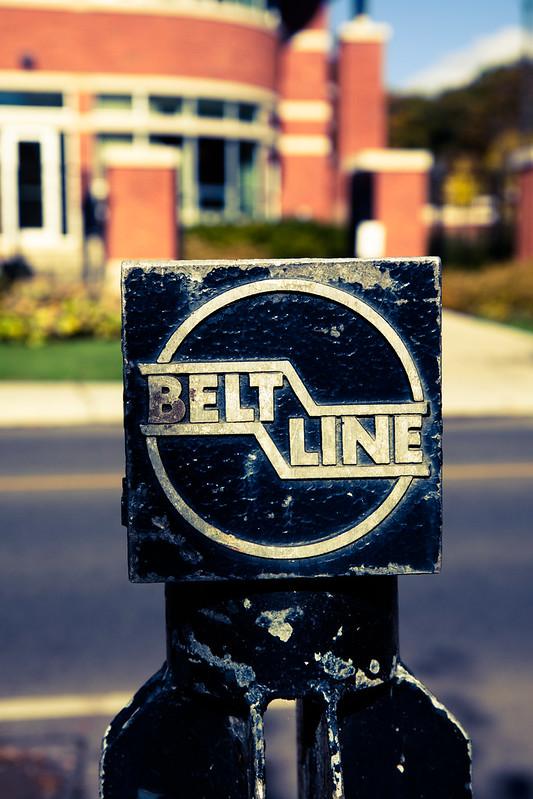 Belt Line [EOS 5DMK2 | EF 24-105L@70mm | 1/500s | f/4.0 | ISO200]