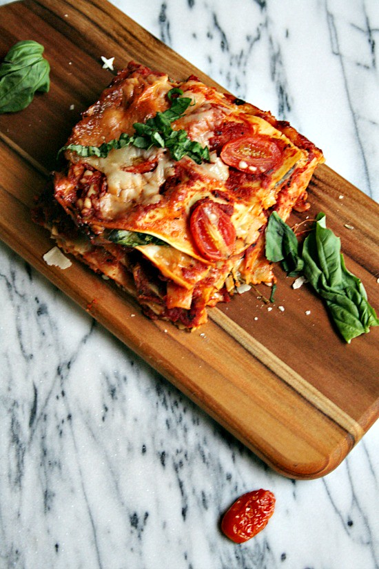 Tomato, Basil, and Spinach Lasagne #joytothetable #ad #pmedia