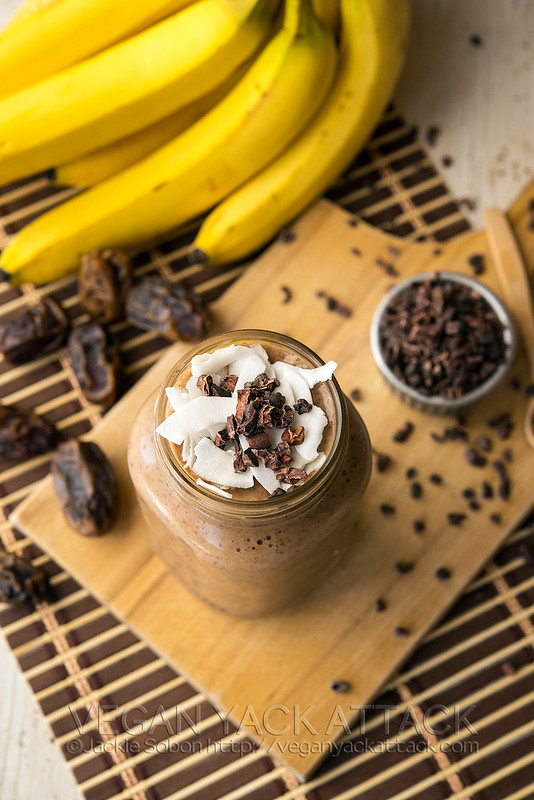 A delicious, naturally-sweetenend, and healthy smoothie for helping you recover from a hard workout or a rough night out. #vegan #glutenfree #sugarfree