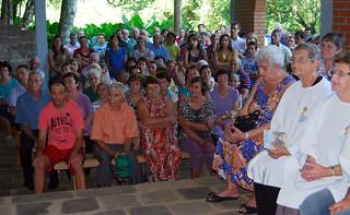 Representantes das 16 comunidades da paróquia participaram da cerimônia de posse.