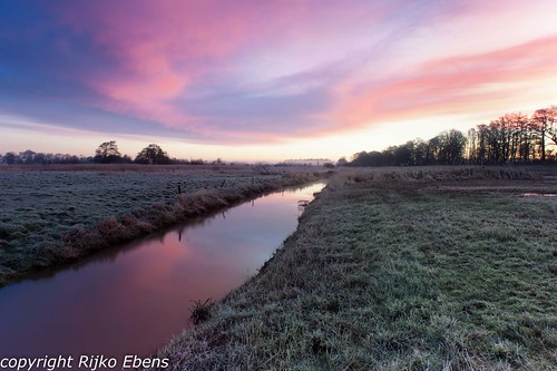 sunrise nederland aa loon drenthe zonsopgang morningglow drentscheaa zonsopkomst morgenrood riveraa loonerdiep aavalley nationalparkriveraavalley villageofloon