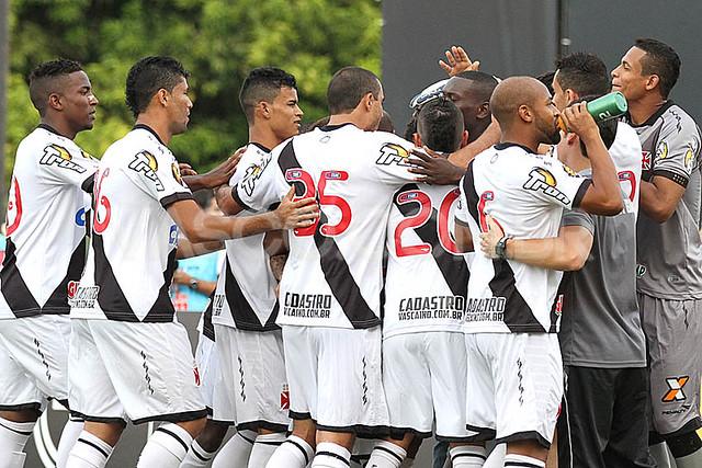 Vasco x Atlético-GO - Campeonato Brasileiro - B 2014