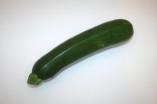 04 - Zutat Zucchini / Ingredient zucchini