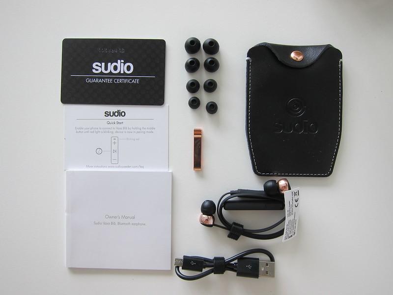 Sudio Vasa Bla - Black - Box Contents