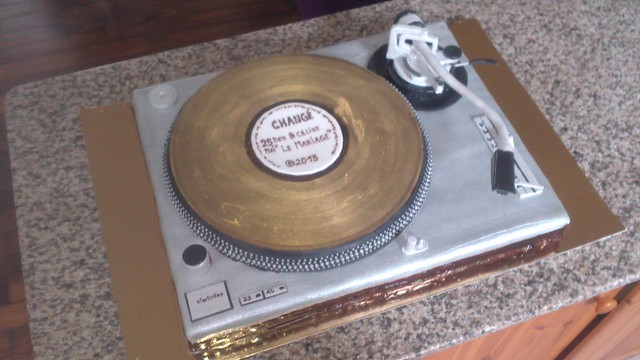 Phonograph Inspired Cake by Alexx Lehoux