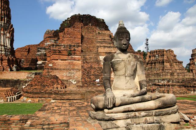 Ayutthaya - A Tour of Thailands Ancient Capital City