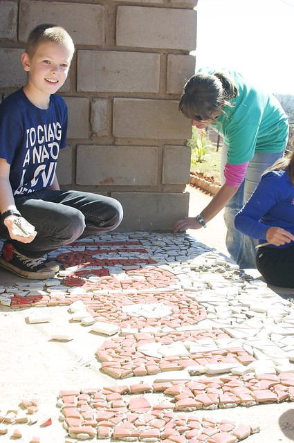 jman making a mosaic
