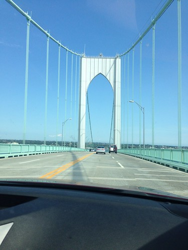Approach to Newport on Newport Bridge