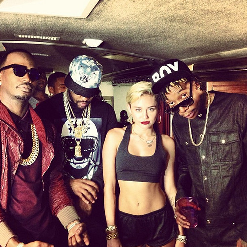 Behind the Scenes of Mike WiLL�s �23� Video Shoot feat. Miley Cyrus, Juicy J & Wiz Khalifa