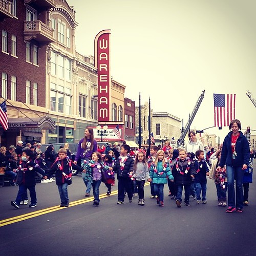 Sadie Piper marching in Veterans Day Parade with her class. #mhk #manhattanks #leeschool