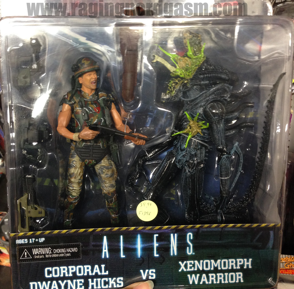 NECA Aliens Corporal Dwayne Hicks vs Xenomorph Warrior