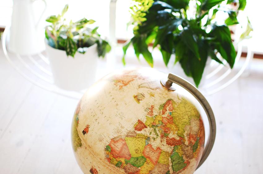 globe a